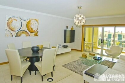 2 bedroom apartment in a gated residential area of Vilamoura - 7016