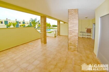 2 bedroom apartment in a gated residential area of Vilamoura - 7010