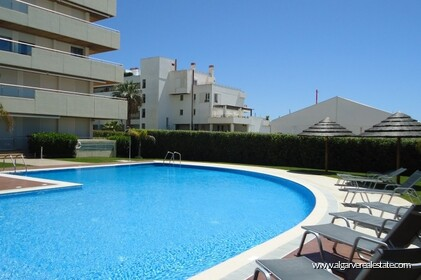 2 bedroom apartment located in condominio Aquamar in Vilamoura Marina - 13
