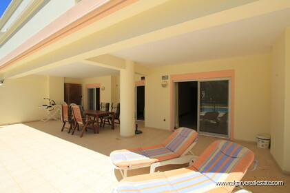 2 bedroom apartment in a gated condominium in Vilamoura - 0