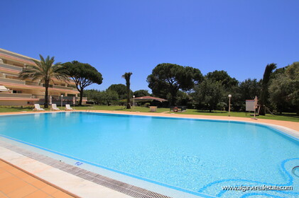 2 bedroom apartment in a gated condominium in Vilamoura - 10