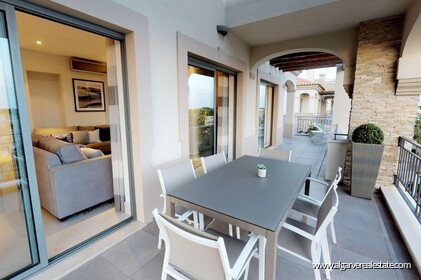 Luxury penthouse with 3 bedrooms and sea view - 16244