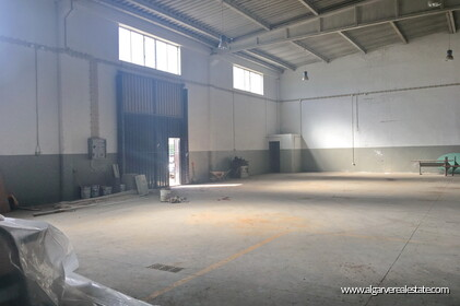Warehouse located in the Industrial zone of Vilamoura - 0