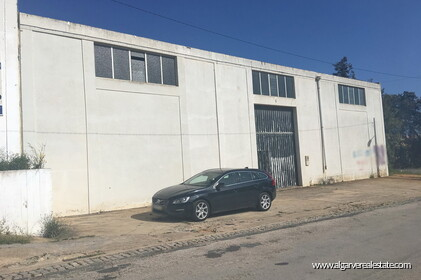 Warehouse located in the Industrial zone of Vilamoura - 1