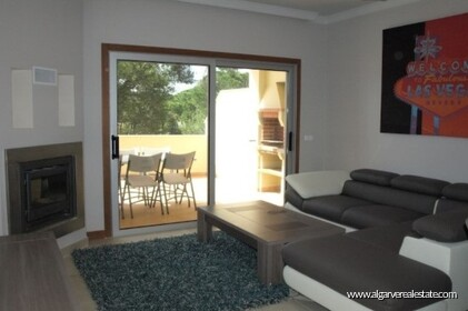 Semi-detached villa with 2 bedrooms + 1 condominium with swimming pool  - 0