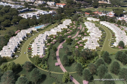 V4 Property for sale in Vilamoura CENTRAL - 0