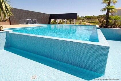 Luxury villas, V5, in a private condominium in Vilamoura