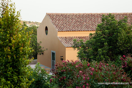 Charming farm villa with 6 bedrooms and sea view - 30