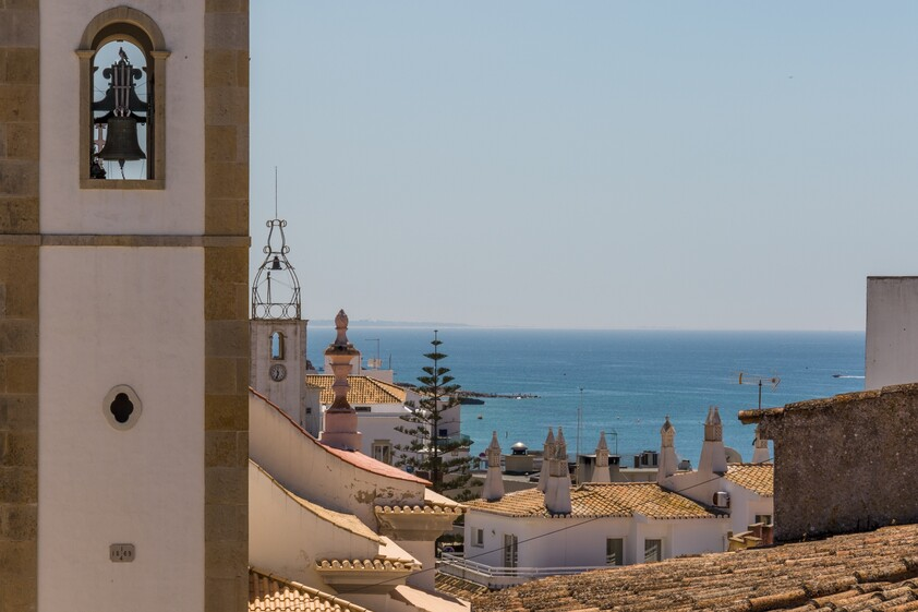 Albufeira properties facing the sea in the old town