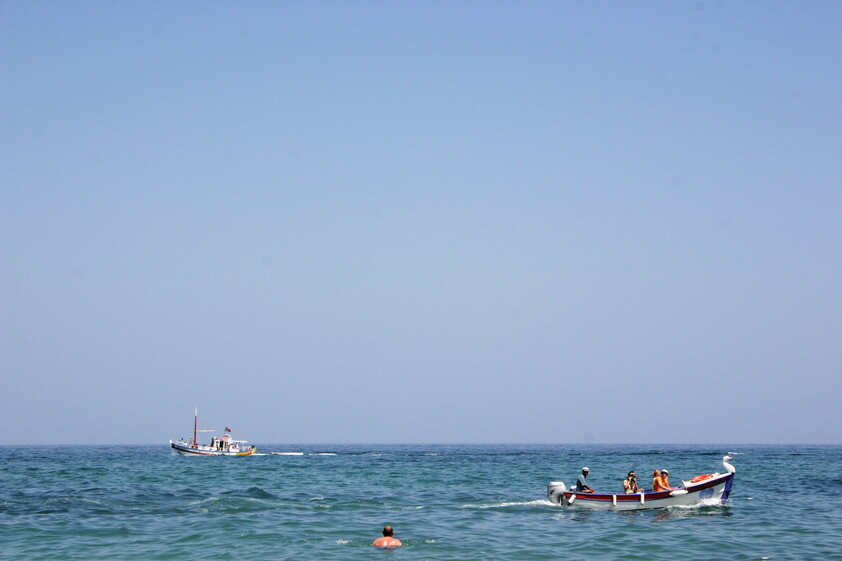 Pinhão beach tour boats