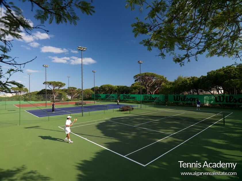 Tennis courts and tennis academy