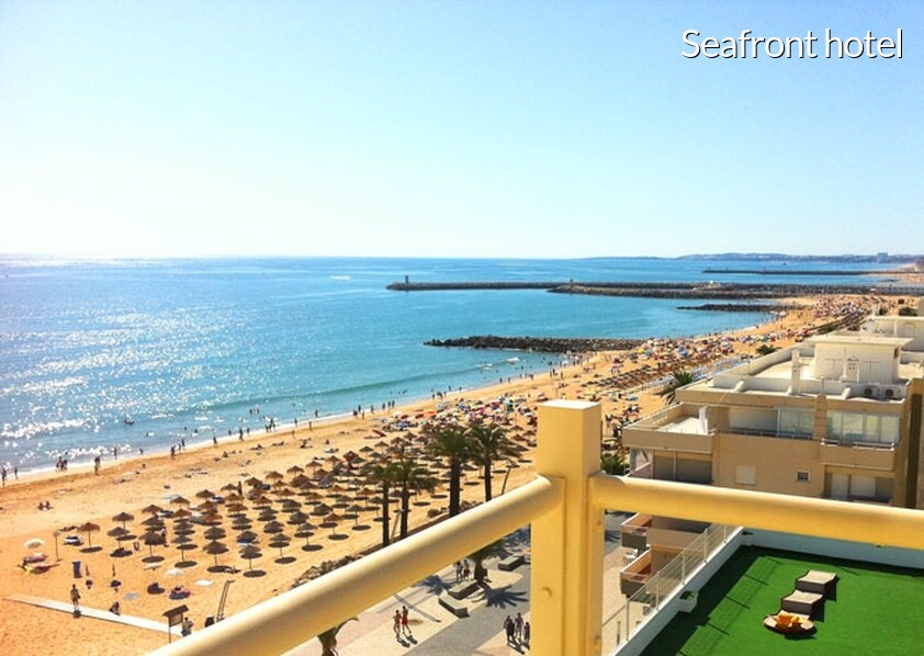 Seafront hotel in Algarve