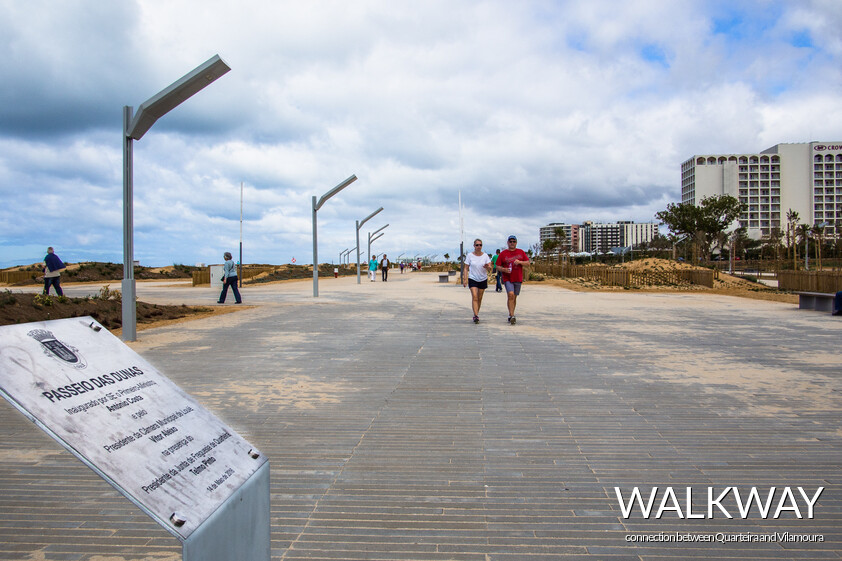 the dunes walkway, the connection between the city of Quarteira and Vilamoura Resort