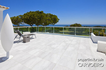 Properties in Carvoeiro