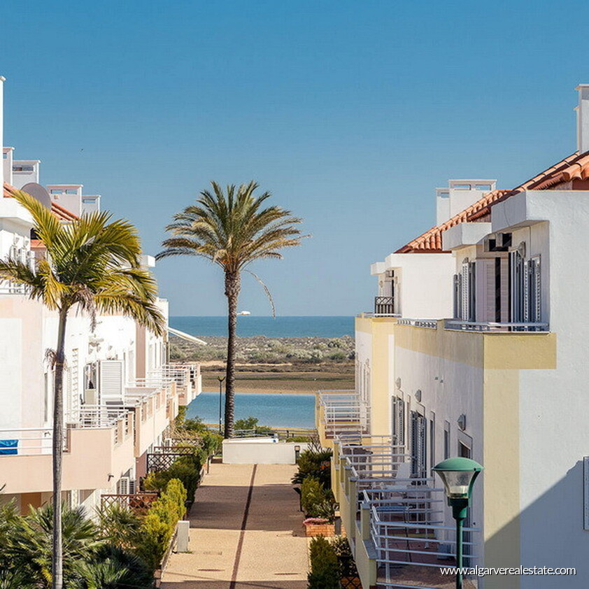 2 Bedroom Apartment Near Me Rent: 2 Bedroom Apartments For Sale Near Beach In Cabanas In Tavira